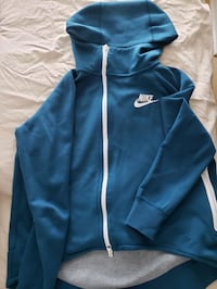 Nike Tech Fleece Hoodie Mississauga, L5R 4J1