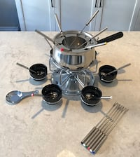 Stainless Steel 3-in-1 Fondue Set with Rotating Serving Tray. (Brand New) Mississauga