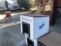 dog houses! for small or medium sized dogs Palmdale, 93552
