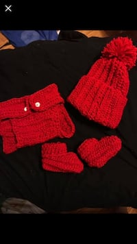 Crochet baby diaper cover and hat and booties Linthicum Heights, 21090
