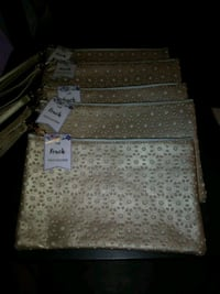 New gold pouch Los Angeles, 90033