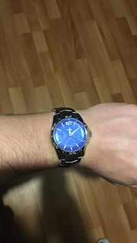 Silver fossil watch with blue interior Dartmouth, B2V 1Z4