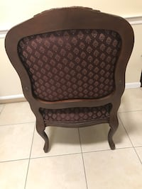 Queen Anna Accent Chair, Real nice and clean Woodbridge, 07095