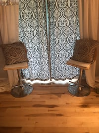 4 panels of curtains + 2 matching pillows Capitol Heights, 20743