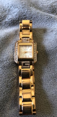 square gold-colored analog watch with link bracelet Los Angeles, 90033