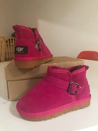NEW Ugg kids girls 11 Mountain View, 94043