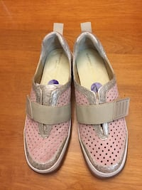 pair of gray-and-pink shoes