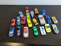 Vintage 21 Die cast plastic and tin cars  Toronto