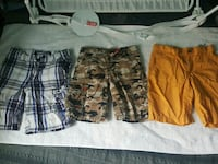 two brown and black cargo shorts San Juan, 78589