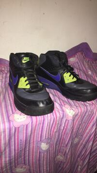 Black and purple leather nike high top sneakers size 11 Washington, 20019