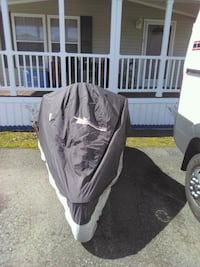 Trike cover. 103 ins.