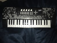 Black and gray electric keyboard