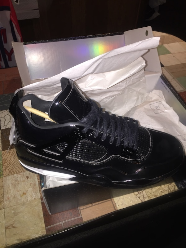 size 40 2ff8f 534a5 Jordan s size 9.5, lab 4s, Oreo 4s, space jam 5s, 11s and
