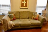 Very Comfy Soft Couch / Sofa Chicago, 60630