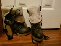 pair of brown leather boots Hudson, 12534