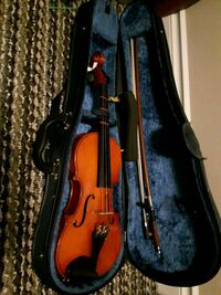 Violin 1/2 size Complete with hard Case