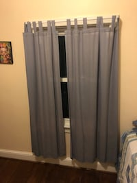 Window curtains with metal holders 35 km