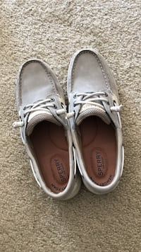 Pair of gray sperry boat shoes Knoxville, 37919