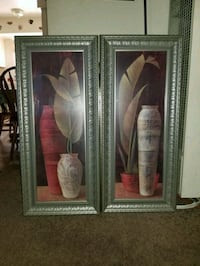 Two woode  framed painting of white flowers Maywood, 90270