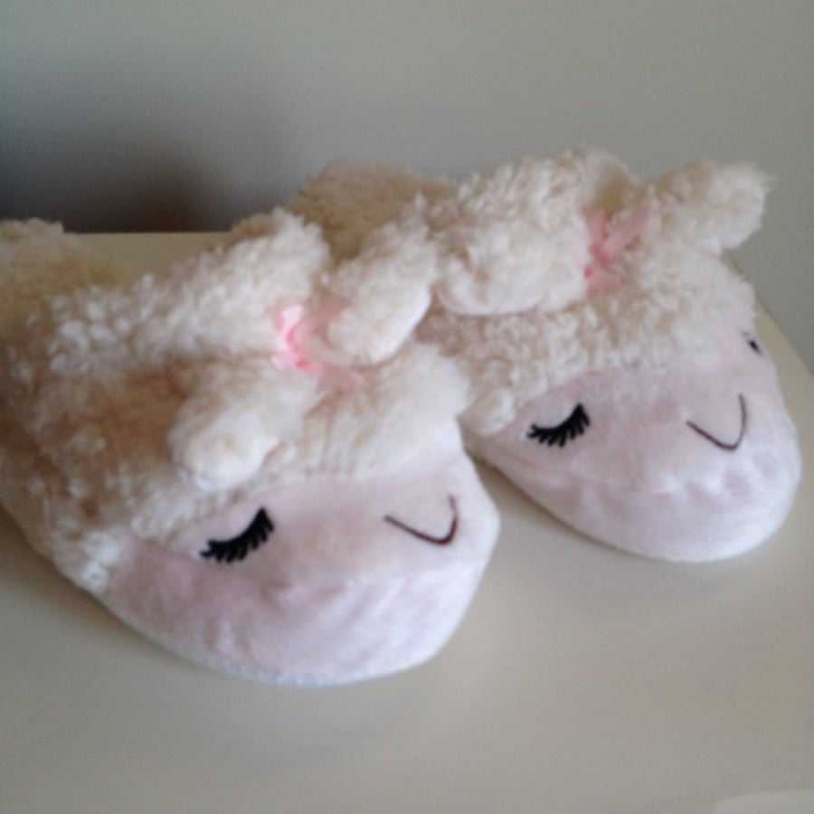 Lamb slippers - adult one size