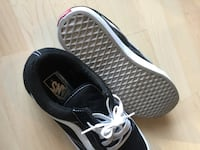 LIKE NEW VANS MEN 8 Burnaby, V5C 2M7