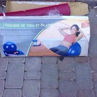 Yoga Plater/ exercise balls gently used, selling i Toronto, M1V 2N7