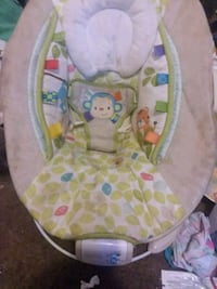 Vibrating musical baby bouncer chair  Charleston, 25311