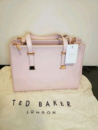 NEW Ted Baker pink leather large tote w/ dust bag Toronto, M5A 3H1