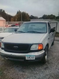 Ford F150 - work truck $1000 O.B.O. Des Moines