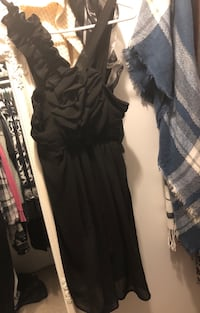Size small/med dress fits like a 6-8  Coquitlam, V3K 1K7