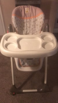 infant high chair  Mableton, 30126
