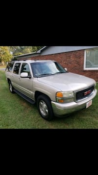 2004 GMC Yukon XL Temple Hills