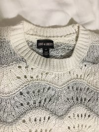 White and Grey Knit Sweater 546 km
