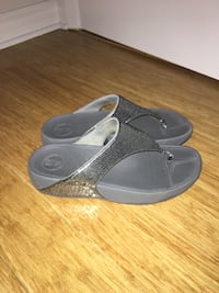 Fitflops exercise sandals silver sequence in size 9 / 40 Montréal, H1S 1K6