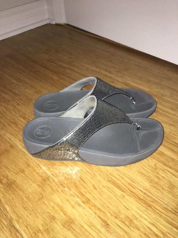 Fitflops exercise sandals silver sequence in size 9 / 40