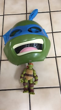 TMNT Michelangelo mask and Raphael action figure