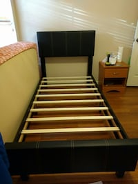 New Twin size platform bed frame (in the box) Silver Spring, 20902
