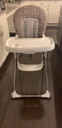 High chair  Annandale, 22003