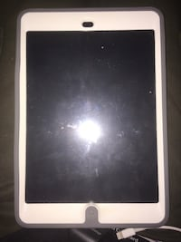 iPad Mini 2 64GB Tablet (locked) Washington, 20020