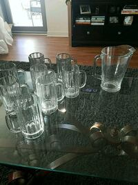 8 Beer Glasses & Glass Pitcher Chicago, 60654
