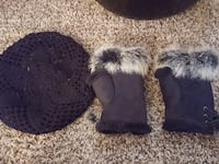 Cute gloves and hat 1408 mi
