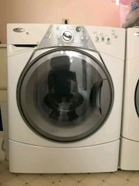 white front-load clothes washer Mississauga, L5C 1C7
