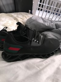 Men's Gucci size 12 Columbia, 65201