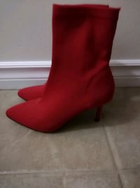 pair of red heeled boots Guelph, N1G 4M5