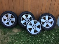 "Ford 4 16"" alloy wheels has 3 tires p205/60R16 Toronto"