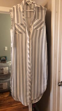 white and black striped sleeveless dress Edmonton, T5X