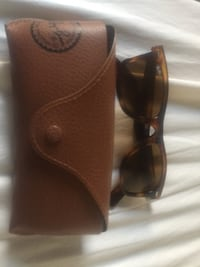 brown framed Ray-Ban sunglasses Toronto, M6B 1Y9