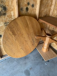 Oak kitchen table and chairs Dousman, 53118