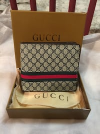 Beautiful Gucci Leather Wallet Mississauga, L4Z 3M4