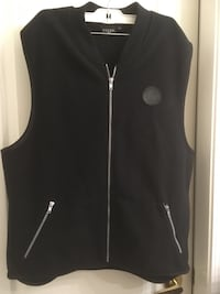 GUESS men's sleeveless blk vest Surrey, V4N